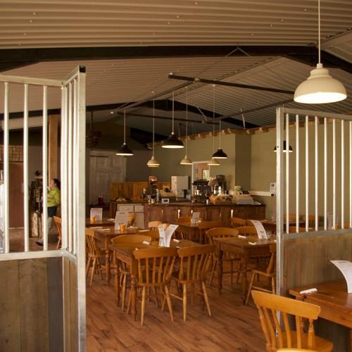 Farmer Lee's Food Barn